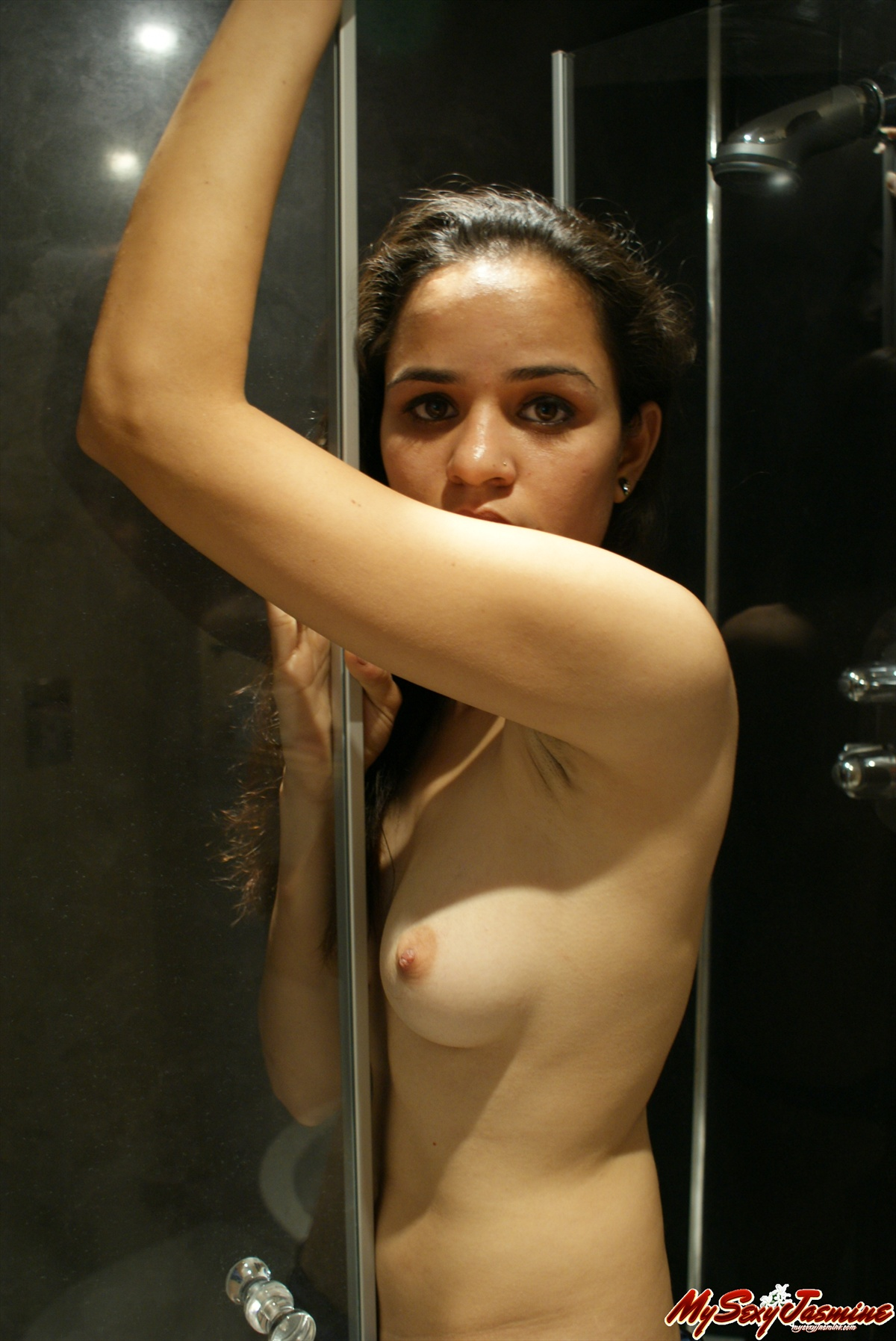 Pic gal 0011. Jasmine in shower rubbing herself with pipe